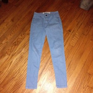 Size 2 skinny jeans like new